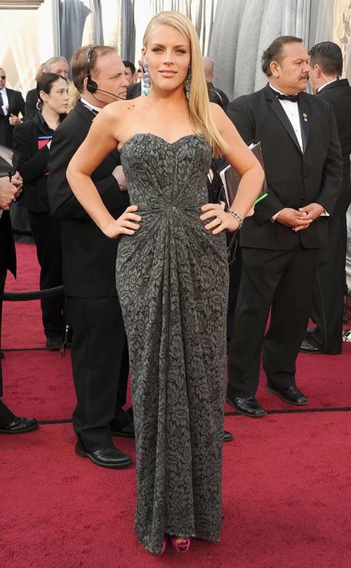 Busy-Phillips-vestido-alfombra-roja-Oscar-2012