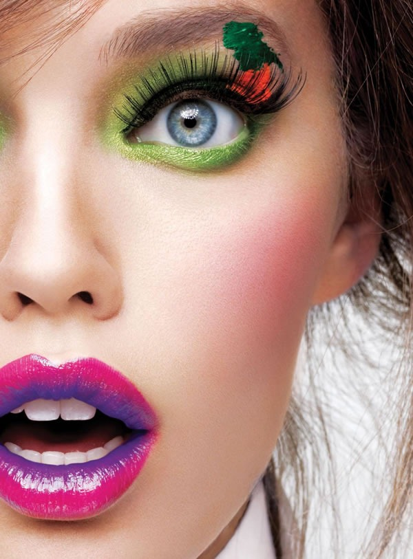 Calendario-Maybelline-2012-Emily-DiDonato-2