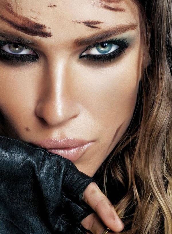 Calendario-Maybelline-2012-Erin-Wasson-3