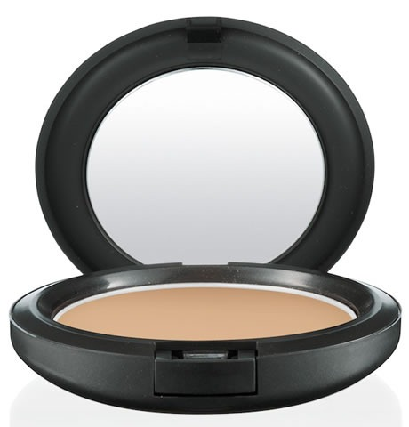 Cook-MAC-Studio-Careblend-Pressed-Powder-Medium