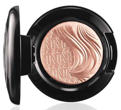 Glamour-Daze-MAC-Cosmetics-Extra-Dimension-Eye-Shadow-A-Natural-Flirt