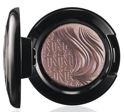 Glamour-Daze-MAC-Cosmetics-Extra-Dimension-Eye-Shadow-Stolen-Moment