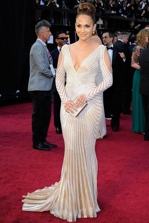 Jennifer-Lopez-vestido-alfombra-roja-Oscar-2012