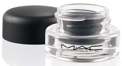 MAC-Cosmetics-Glamour-Daze-Fluidline-Little-Black-Bow