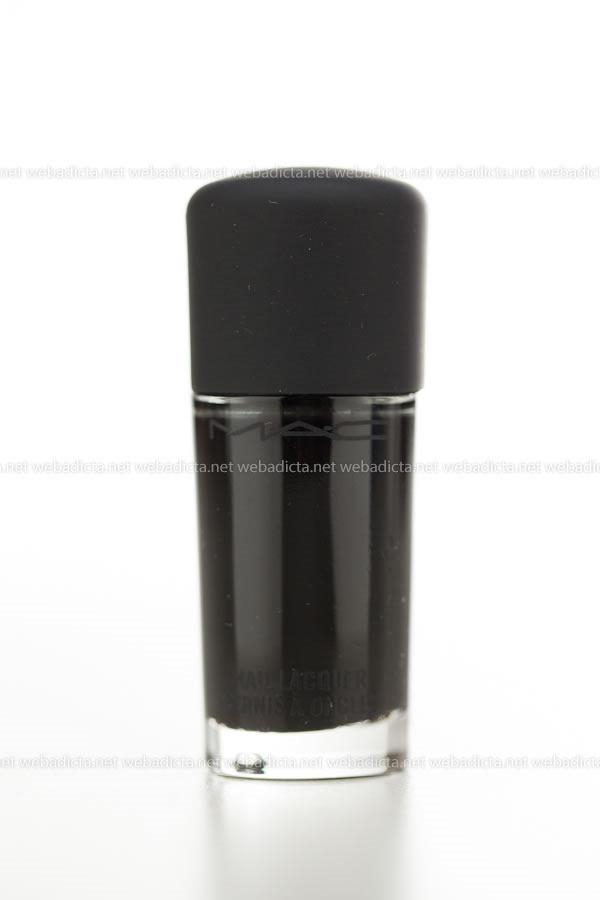 MAC-Cosmetics-Nail-Lacquer-Esmalte-unias-Nocturnelle