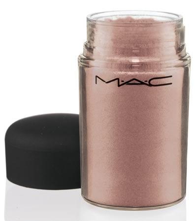 MAC-Daphne-Guinness-Pigmento-Aurora