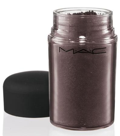 MAC-Daphne-Guinness-Pigmento-Nebula