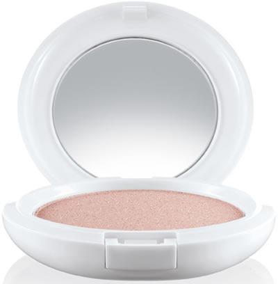 MAC-Glitter-and-Ice-Beauty-Powder-Snow-Globe