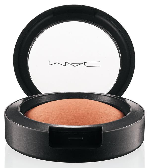 MAC-Naturally-Mineralize-Blush-Fresh-Honey