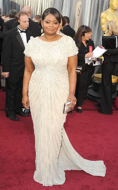 Octavia-Spencer-vestido-alfombra-roja-Oscar-2012