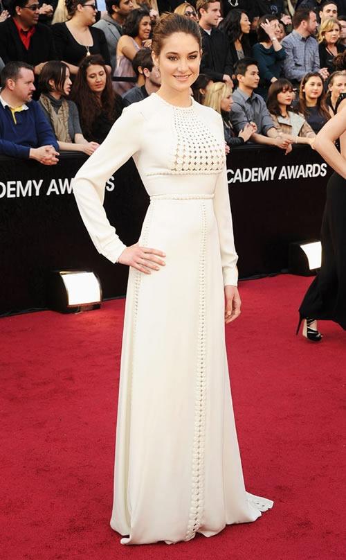 Shailene-Woodley-vestido-alfombra-roja-Oscar-2012