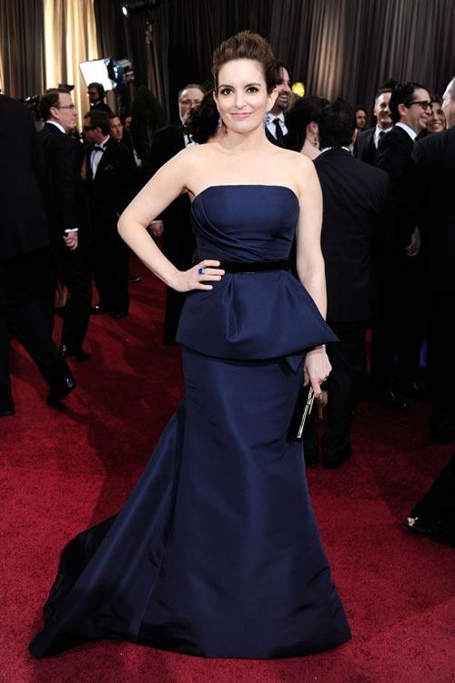 Tina-Fey-vestido-alfombra-roja-Oscar-2012