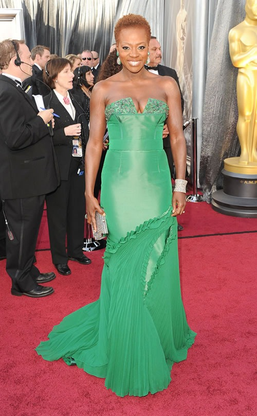 Viola-Davis-vestido-alfombra-roja-Oscar-2012