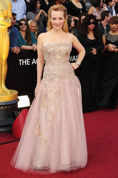 Wendi-McLendon-Covey-vestido-alfombra-roja-Oscar-2012