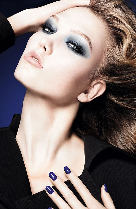 dior-blue-tie-coleccion-otono-invierno-2011-karlie-kloss