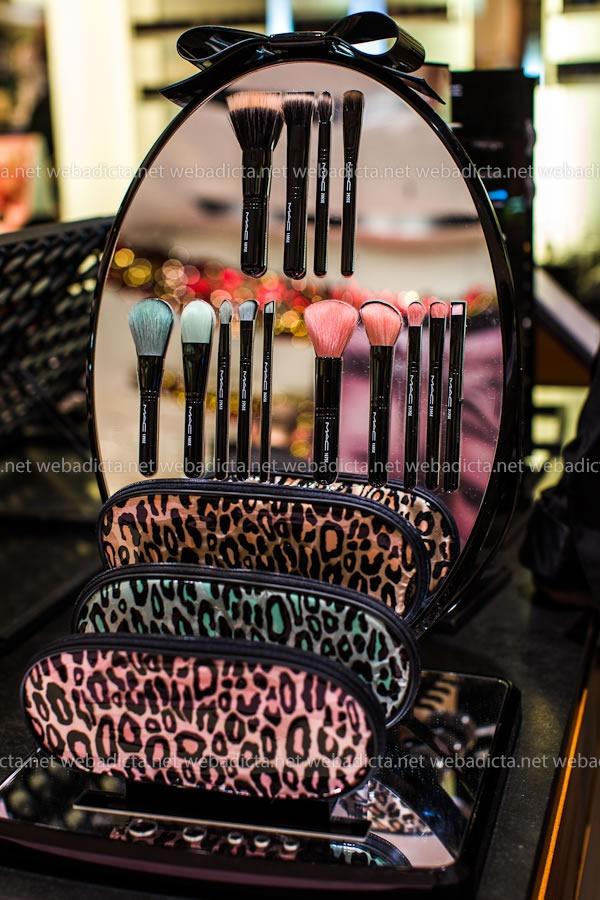 mac-cosmetics-kit-brochas-pinceles-perfectly-plush-brush-kit