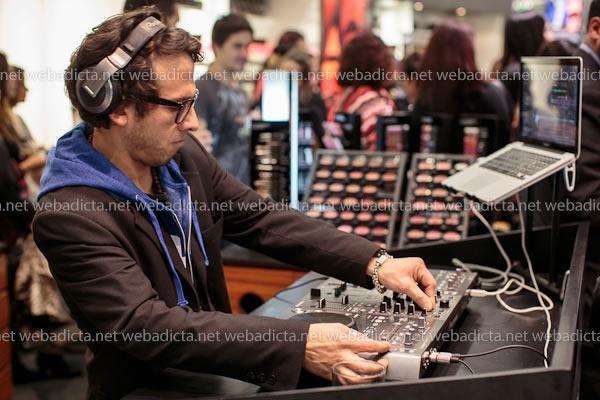 Evento Lanzamiento Coleccion MAC Temperature Rising DJ