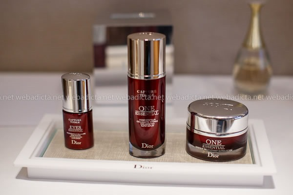 evento Dior Beauty Class One Essential Serum Mascarilla