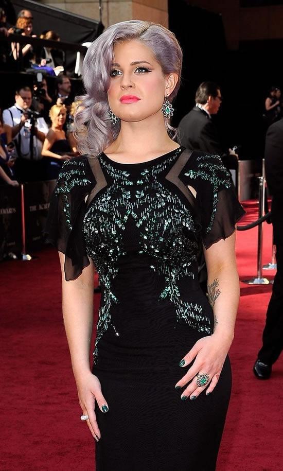 kelly-osbourne-look-vestido-Oscar-2012
