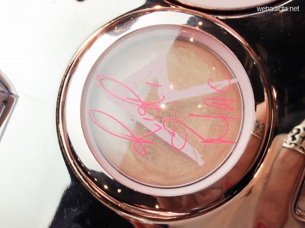 RiRi Hearts MAC Cream Colour Base Diamonds