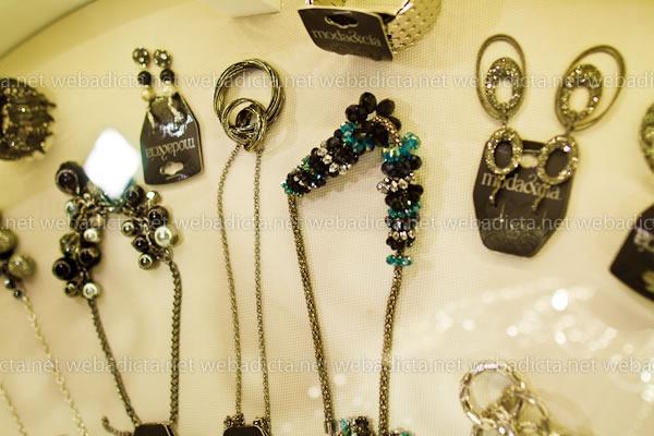 moda-y-cia-coleccion-invierno-2012-20