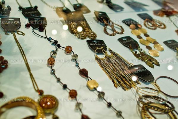 moda-y-cia-coleccion-invierno-2012-42