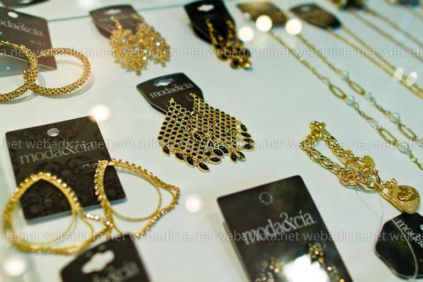 moda-y-cia-coleccion-invierno-2012-41