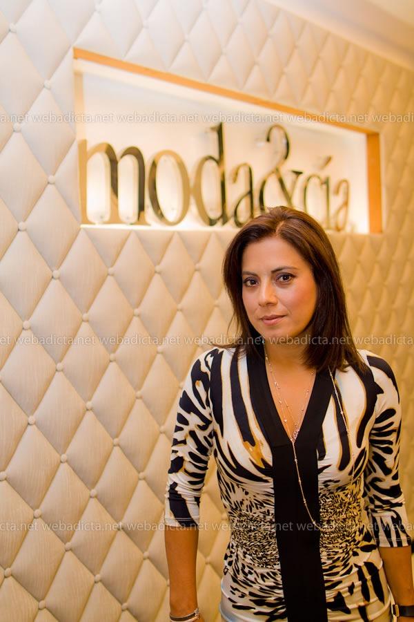 moda-y-cia-coleccion-invierno-2012-70