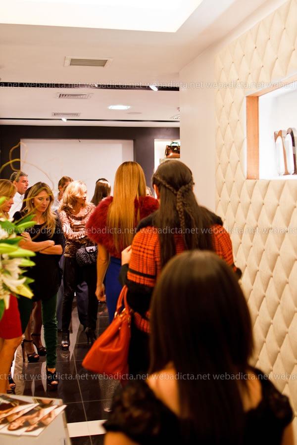 moda-y-cia-coleccion-invierno-2012-80