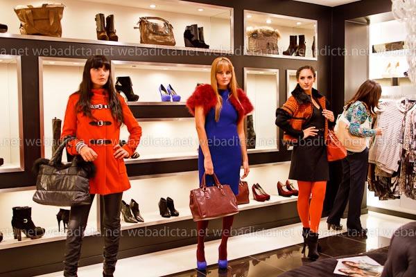moda-y-cia-coleccion-invierno-2012-81