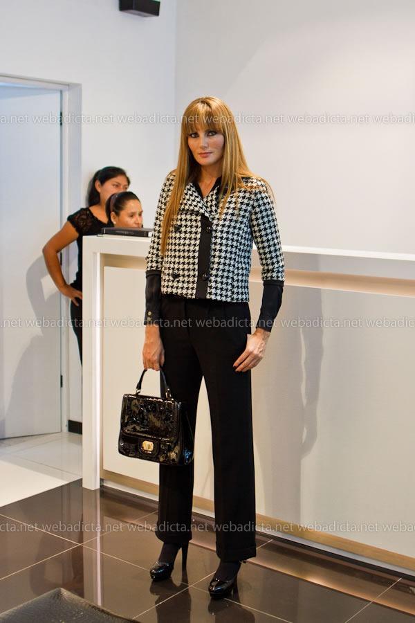 moda-y-cia-coleccion-invierno-2012-90