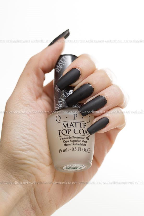 review-opi-matte-top-coat-esmalte-negro-unias-swatches