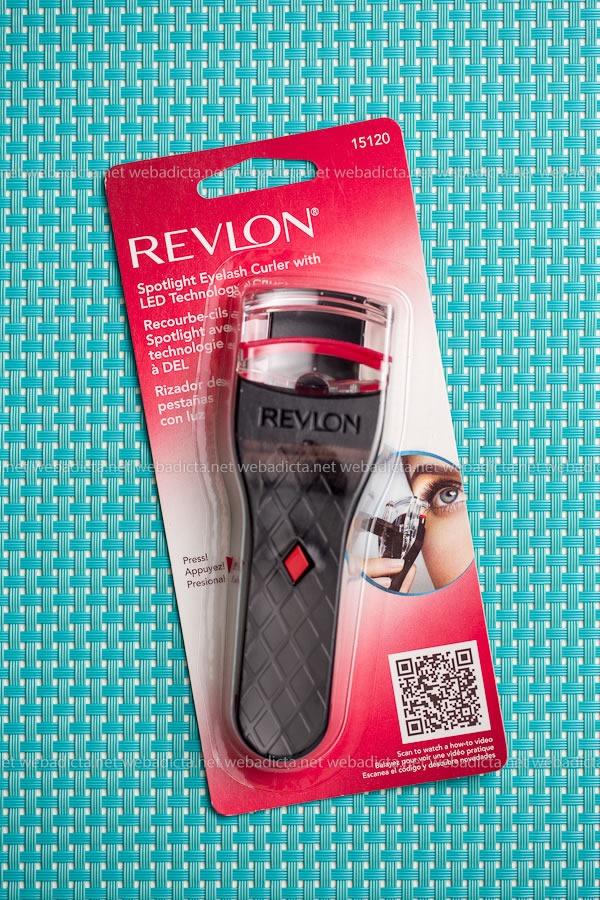 sassybox junio Revlon rizador pestanias con luz LED